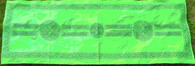 Scarf with Celtic Pattern White