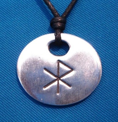 Amuleto runa dell'amore