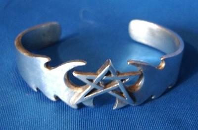 Bracciale pentagramma tribale