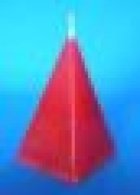 Pyramid candle, red, to draw love