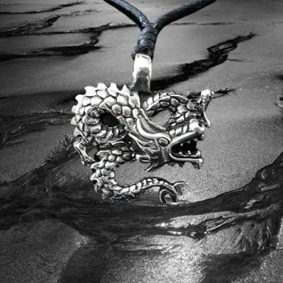 Pendant Winding Dragon
