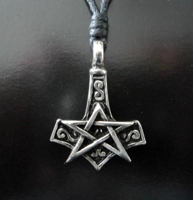 Ciondolo Pentagramma con il martello di Thor