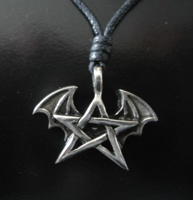 Pendant Pentagram with Bat