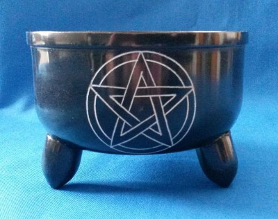 Cauldron of soapstone with pentagram