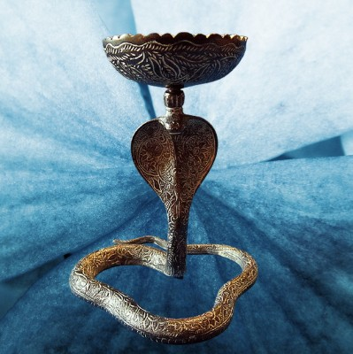 Encensoir Cobra en laiton, noirci