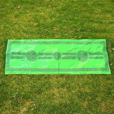 Schal mit keltischen Mustern