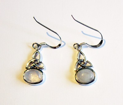 Silver Earrings Triquetta with Rainbow moonstone 1 pair