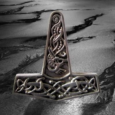 Pendentif marteau de Thor avec motif de noeud, en argent plaqué