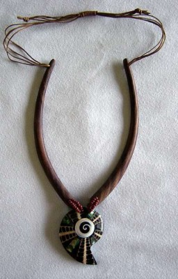 Necklace of wood with snail