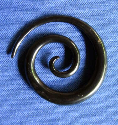 Earring Spiral from horn