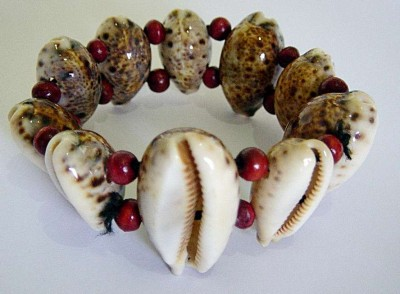 Voodoo Bracelet with cowrie shells