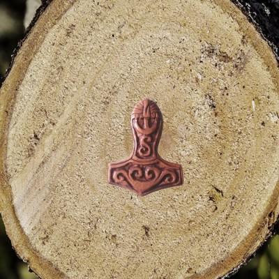 Pendentif Marteau de Thor en bois