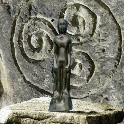 Figura candela per scopi magici - uomo verde