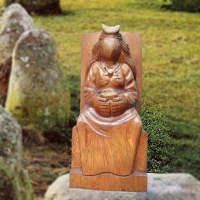Statuetta da altare, la Dea in legno