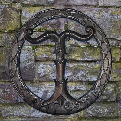 Arbre du Monde Irminsul, sculpté à la main