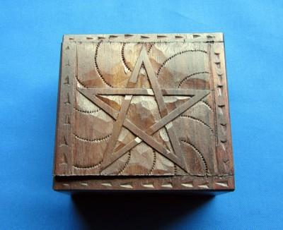 Kästchen Pentagramm klein