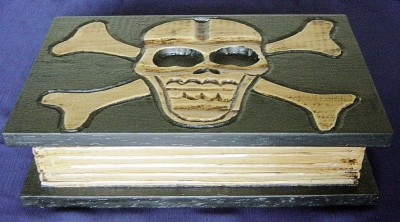Box Skull book