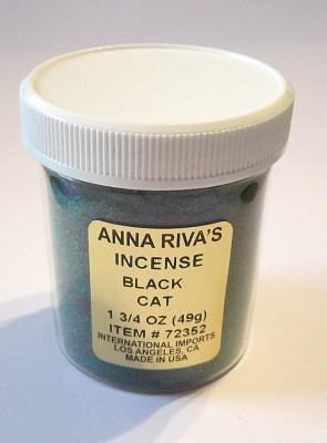 Anna Riva encens Black Cat