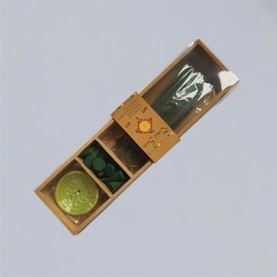 Scatola di legno con incenso, coni e supporti, Jasmin