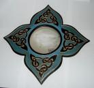 Mirror flower-contour with Celtic-knot blue