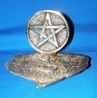 Porte-encens en forme de feuilles en métal avec Pentagram