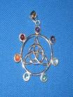 Ciondolo Triquetta con pietre chakra