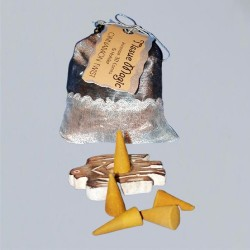 Tissue Magic Incense Cones with holder in a bag, Cinnamon