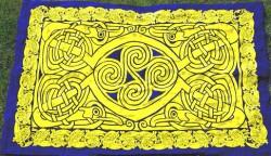 Tessuto con motico celtico Rosso
