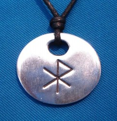 Bind Rune Amulet Love