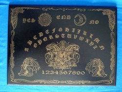 Witchboard Gothic Bat (Ouija Board) english