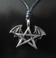 Zinn-Anhänger Pentagramm mit Fledermaus