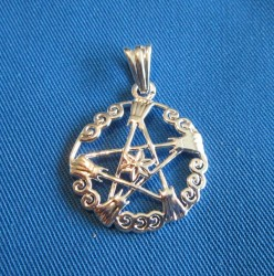 Pendant pentagram witches' broom
