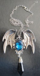 Pendant Gothic Vampire with chain