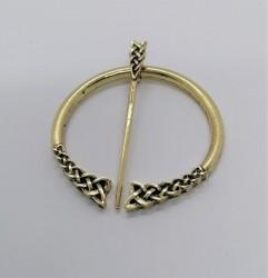 Celtic clasp