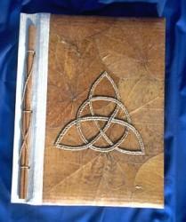 """Livre des ombres """"Charmed"""" brun"""