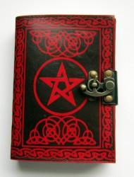 Livre des ombres pentagramme rouge avec garnitures en laiton