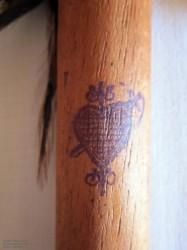 Voodoo Zeiger aus Holz mit Oshun Veves