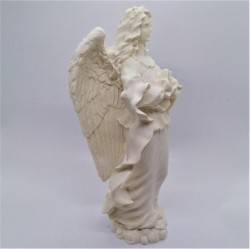 Standing angel praying