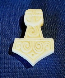 Pendant Thors Hammer of bone